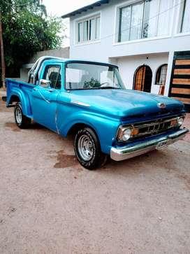 Camioneta Ford f100,motor V8,NAFTA pura nunca a gas, titular