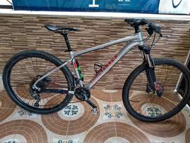 Bicicleta Marin Full Deore