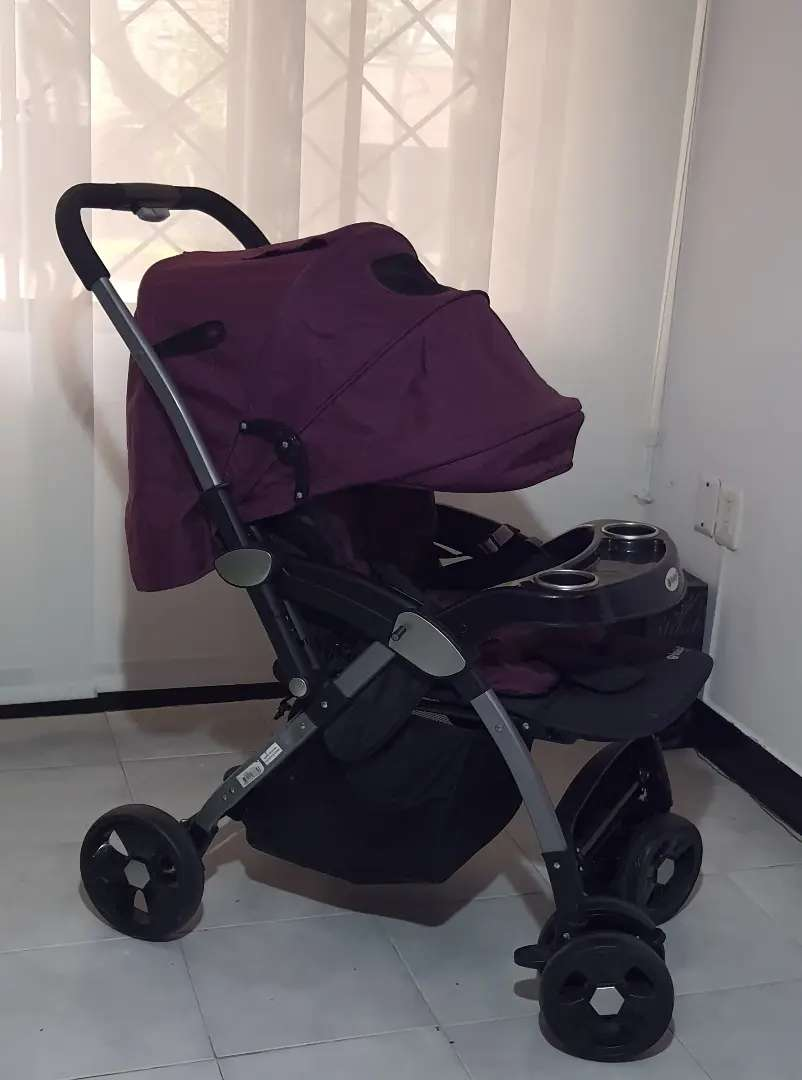 Vendo coche bebé poco uso