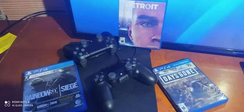 Vendo PS4 como nuevo