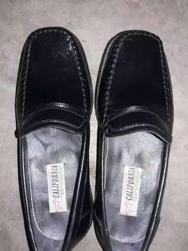 Zapatos para hombres.