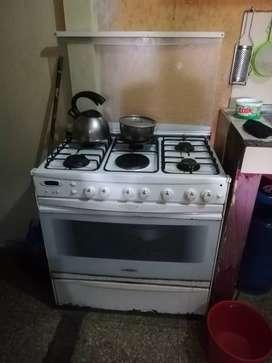 Cocina de 6 hornillas