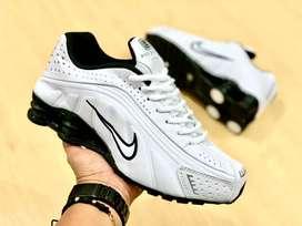 Nike shox caballero
