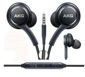Auricular  AKG
