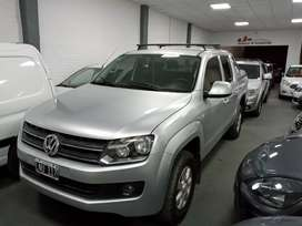 VW amarok trendline 180 hp impecable permutas financiación