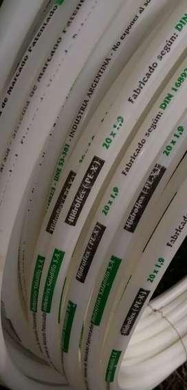 Tubo para piso radiante saladillo hidroflex 53 mts + dos manguitos machos
