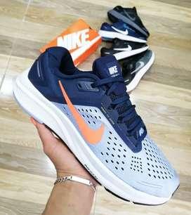 Tennis Nike Zoom