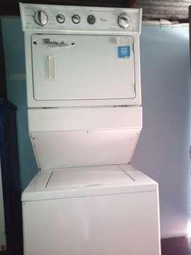 Se vende lavadora industrial lavadora y Secador whirlpool