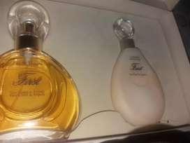Perfume y Crema Corporal First