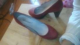 Zapatos rojos seminuevos