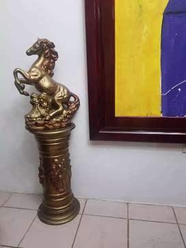 Caballo de cerámica decoración