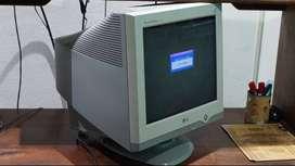 """Monitor LG Flatron 17"""" Buen estado"""
