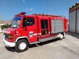 MERCEDES BENZ L913 AUTOBOMBA TECHNIQUES & SUPPLIES PACK 3000CARROZADO 1999