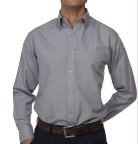 camisa tipo oxford color  gris