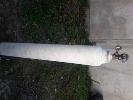 Se vende tubo de oxigeno grande