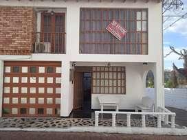 Hermosa casa de lujo en HONDA, TOLIMA 4 habitaciones con aire acondicionado cocina integral, el precio es negociable