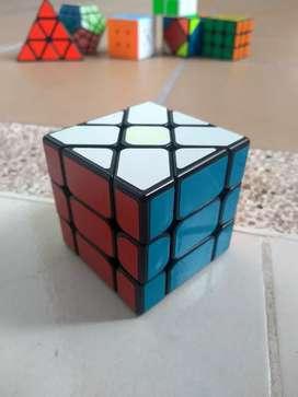 Cubo de rubik Fisher 3*3, un reto para todas las edades el mejor regalo para cualquiera.