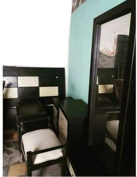 Se vende juego de cuarto cama