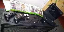 Xbox 360 E** original exelente estado ( leer descripción )