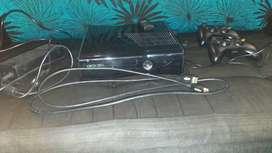 Xbox360 slim + 11 juegos 2 mandos kinect y carga y juega