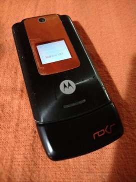 MOTOROLA ROKR W5 A TAPITA con DOBLE DISPLAY, TARJ de MEM Y CAMARA!! IDEAL 2DO EQUIPO!!! PERMUTAS!!
