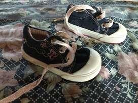 Zapatillas,botas,etc