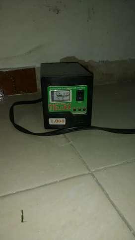 Regulador electrónico de. Voltaje