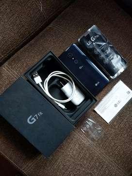 LG G7 Fit 64GB 4GB RAM En caja y accesorios libre estado 9.5 de 10