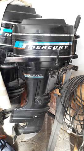Vendo motor Mercury 20 Hp.