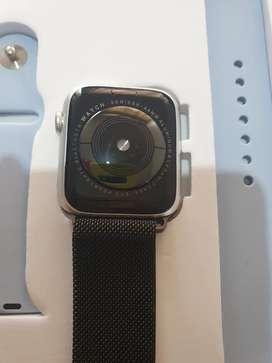 Vendo Apple watch serie 5 precio negociable o cambio por algo de mi interes