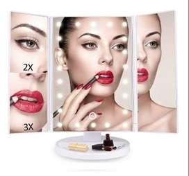 Gratis Envio Espejo Para Maquillaje Iluminado Con 22 Luces Led