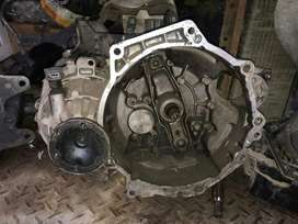 Caja Y Motor Escarabajo Newbetle