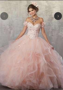 Vendo vestido de 15 hermoso traido de estados unidos una sola puesta