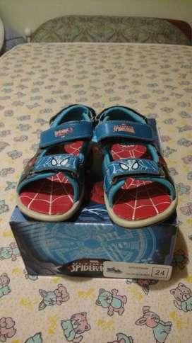Sandalias Spiderman con Abrojo Nro 24