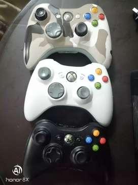 Xbox 360 Slim 3.0 con Kinect, controles y juegos