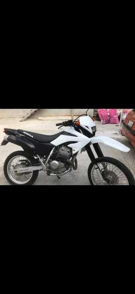 . Vendo moto Honda