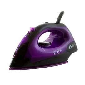 Plancha de vapor Oster con base antiadherente violeta.Al acercarte a nuestros locales exige tu PRECIO ESPECIAL OLX.