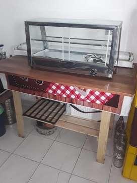 Se vende Calentador con mesa de pino