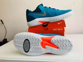 NIKE Air Zoom Resistance, TALLA 7.5 / 10.5