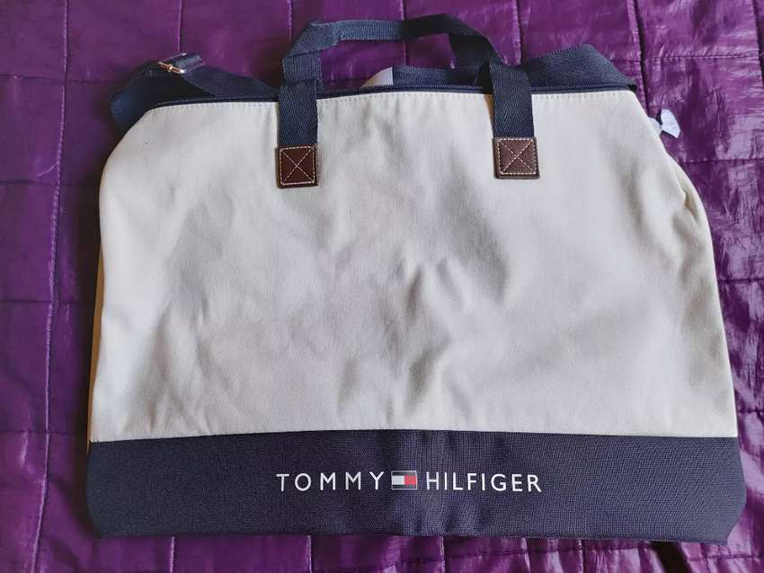 Bolso Tommy 0