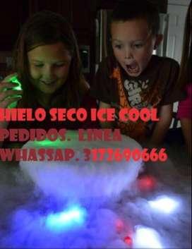 Ice Cool. Paquete de hielo seco a $5000 Lb.