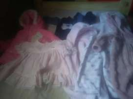 Lote de ropa de nena