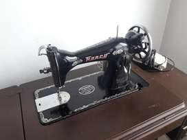Maquina de Coser Fancy Antigua