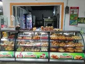Se vende panadería acreditada