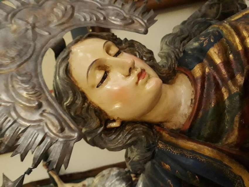 Virgen de Quito 0