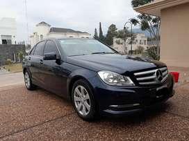 Vendo Mercedes Benz c 200 impecable