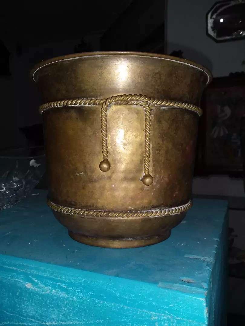 Potera en bronce antigua 0