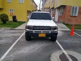 Permuto  Montero pajero Mitsubishi 2.4