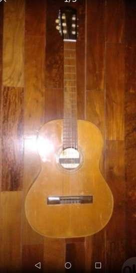 Guitarra de Medio Concierto
