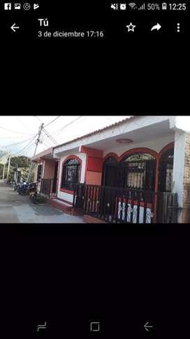 Se vende casa  en el barrio los Nogales  al  lado  de  Chapinero